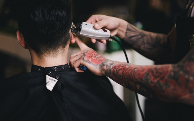 Man Day Spas and Barbershops in Tampa for Dad this Father's Day