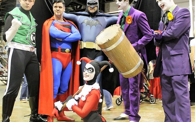 Cosplayers Prepping for Tampa Bay Comic Con 2021