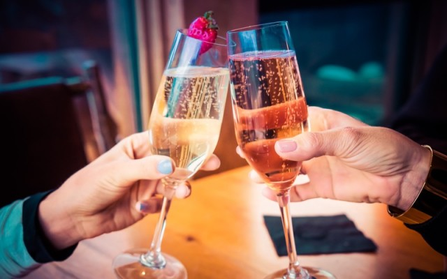 Your Guide to Hosting Holiday Parties in Tampa
