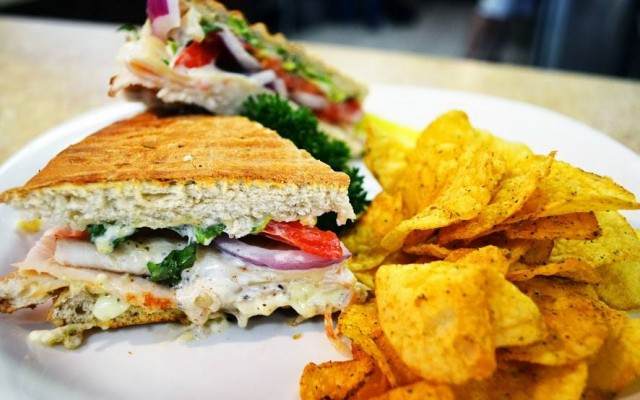Places To Eat On A Budget in Sarasota