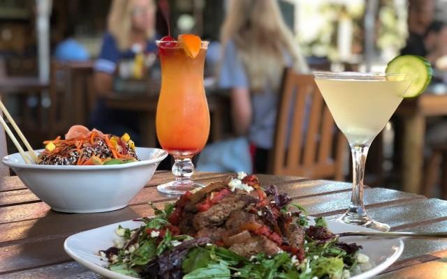 Grind Gastropub and Kona Tiki Bar