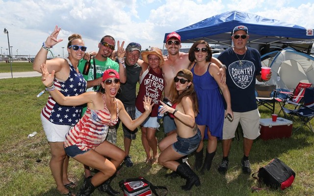 Memorial Day Weekend Events, Country 500, And More Things To Do in Daytona Beach This Weekend
