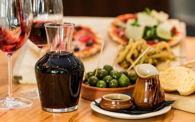 Sideline Wine & Dine