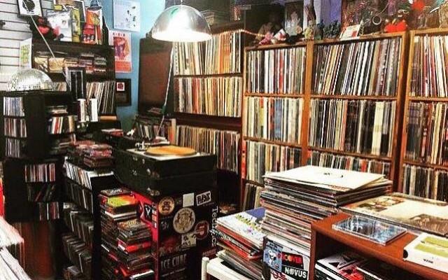 Record Store Crawl Canvases Orlando