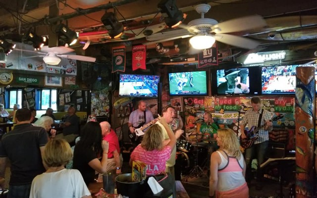 Football Bars in Brevard County   Watch Your Favorite Team Here
