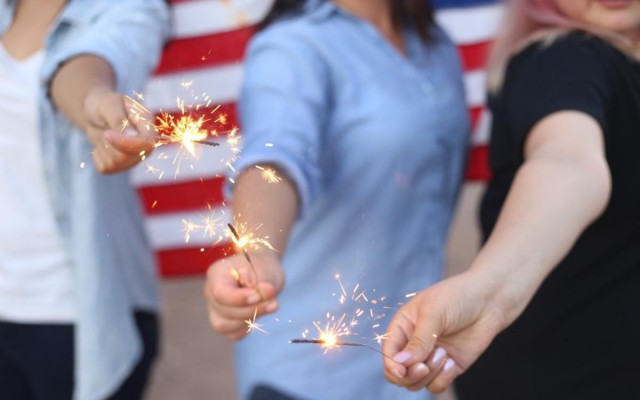 Tampa Guide to 4th of July Fireworks, Parades, Parties More