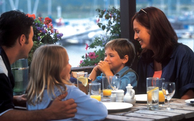 Restaurants for Mother's Day in Detroit