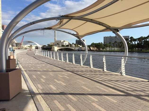 Your Guide to The Tampa Riverwalk!