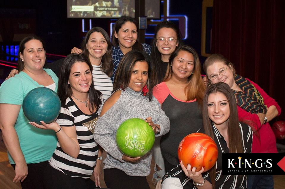 Kings Orlando | Bowling, Cocktails, & Eats on International Drive