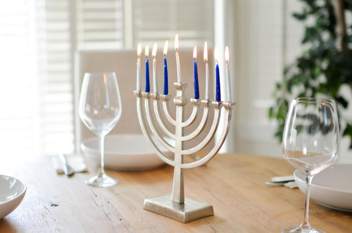Take Part in These Hanukkah Events in Tampa Bay!