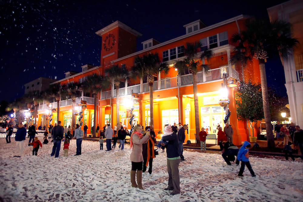 Walk In A Winter Wonderland With Snow In Orlando
