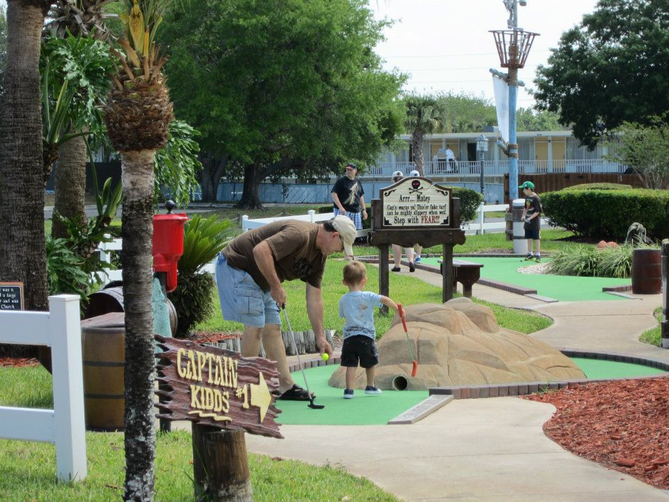 10 Larger Than Life Mini Golf Courses In Orlando