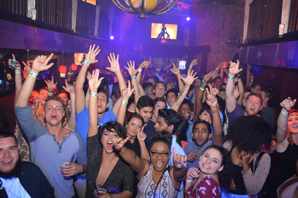 Break ночной клуб клуб ночной на коломенской