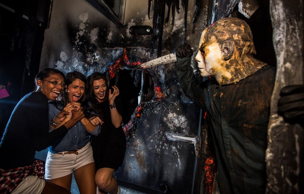 Universal Studios Orlando Halloween Horror Nights Brings Classic Scares With The Shining