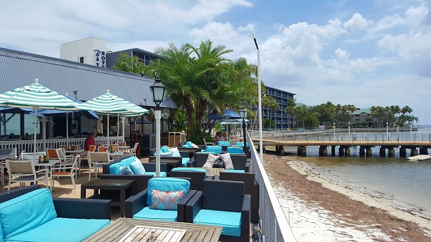 Tampa's Beach Bar & Restaurant Events Will Have You Enjoying Your Holidays on the Water
