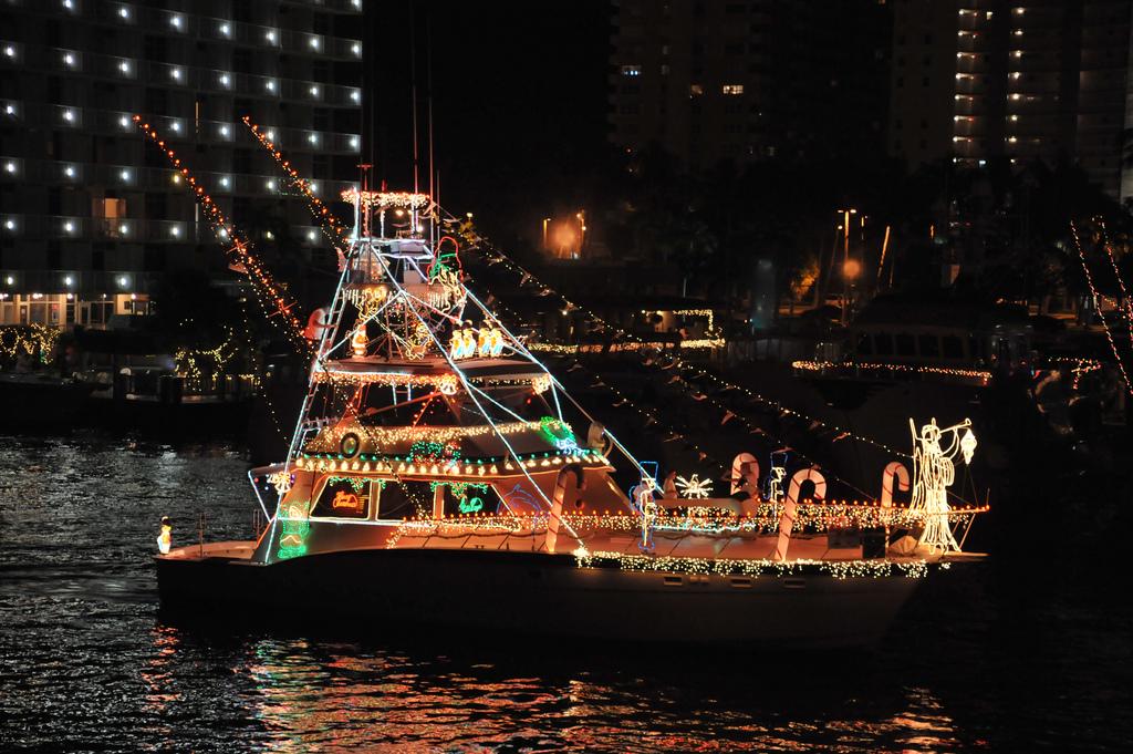 Sarasota Christmas Boat Parade and More Holiday Fun