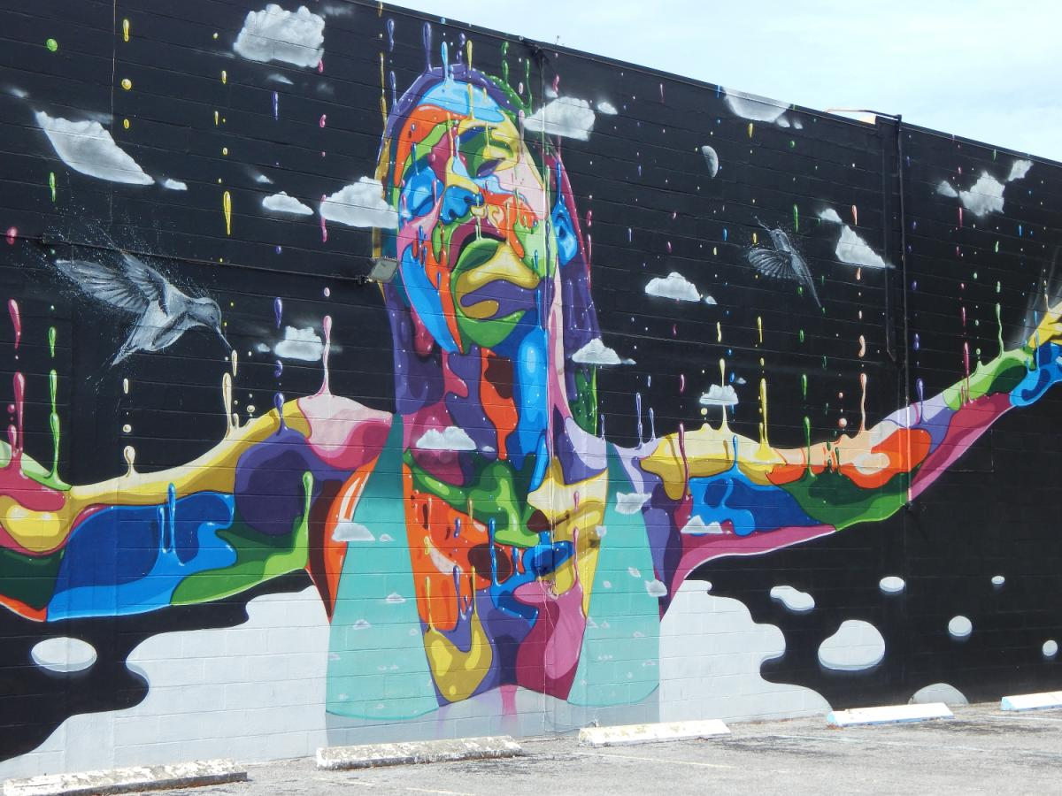 A Mural Tour in St. Petersburg Brings Artwork That's Larger Than Life