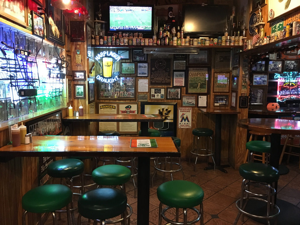 The Oldest Bars in Miami