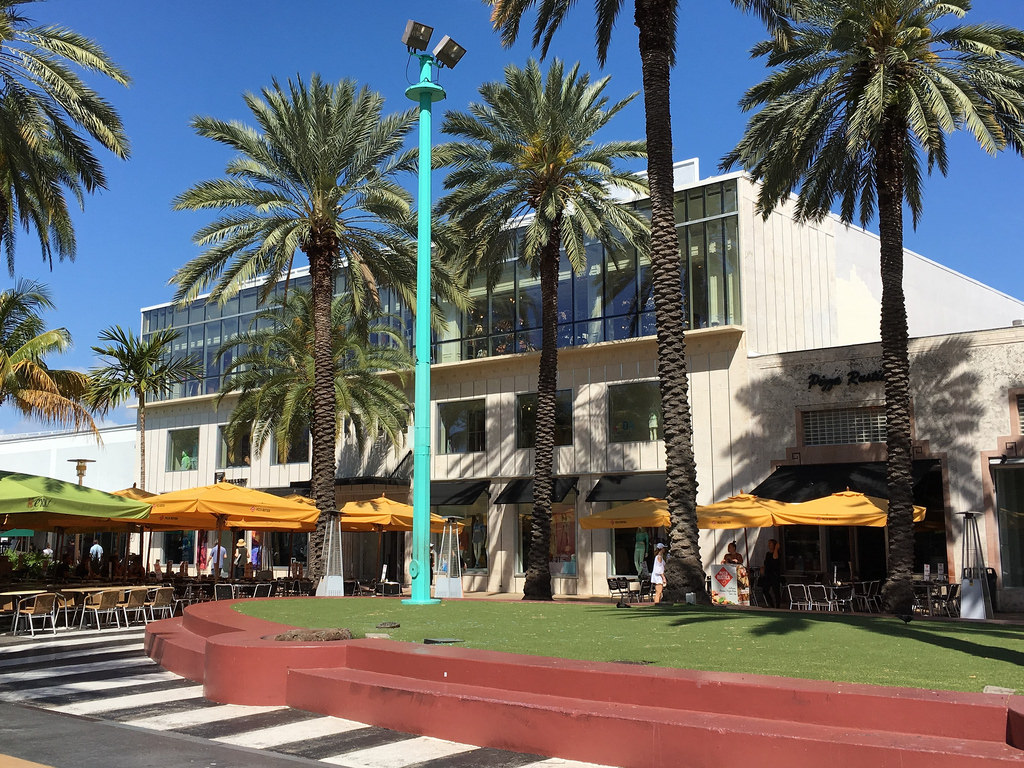 Lincoln Road Mall in Miami Beach