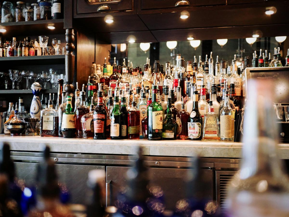Your Guide To The Best Happy Hours In Orlando