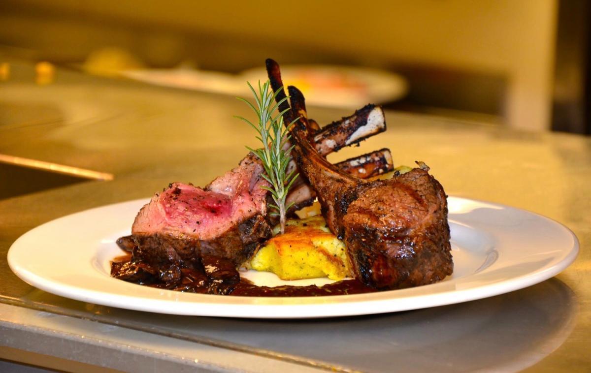 Top 10 Restaurants in Sarasota and Bradenton | World Class Food