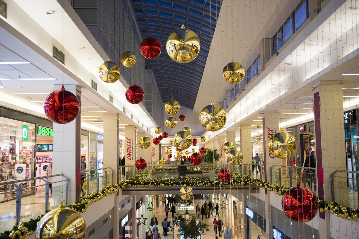 Holiday Mall Hours and Events in Sarasota