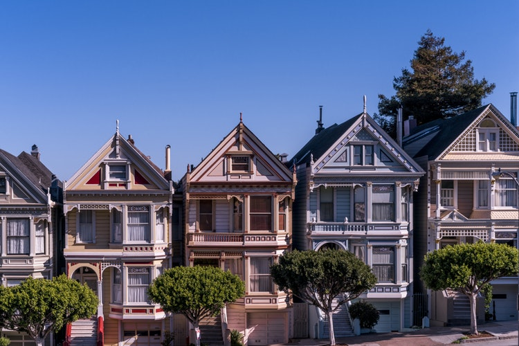 Top Five Things to Do Before Selling Your House in San Fransisco