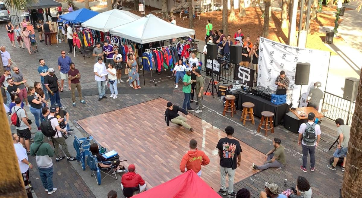 The Florida Vintage Market Sets Up Shop On Wall St. Plaza