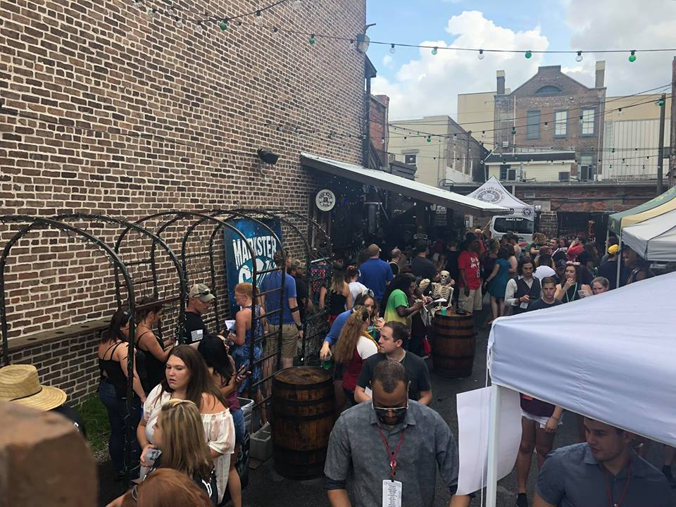 Bar Crawl Through Savannah