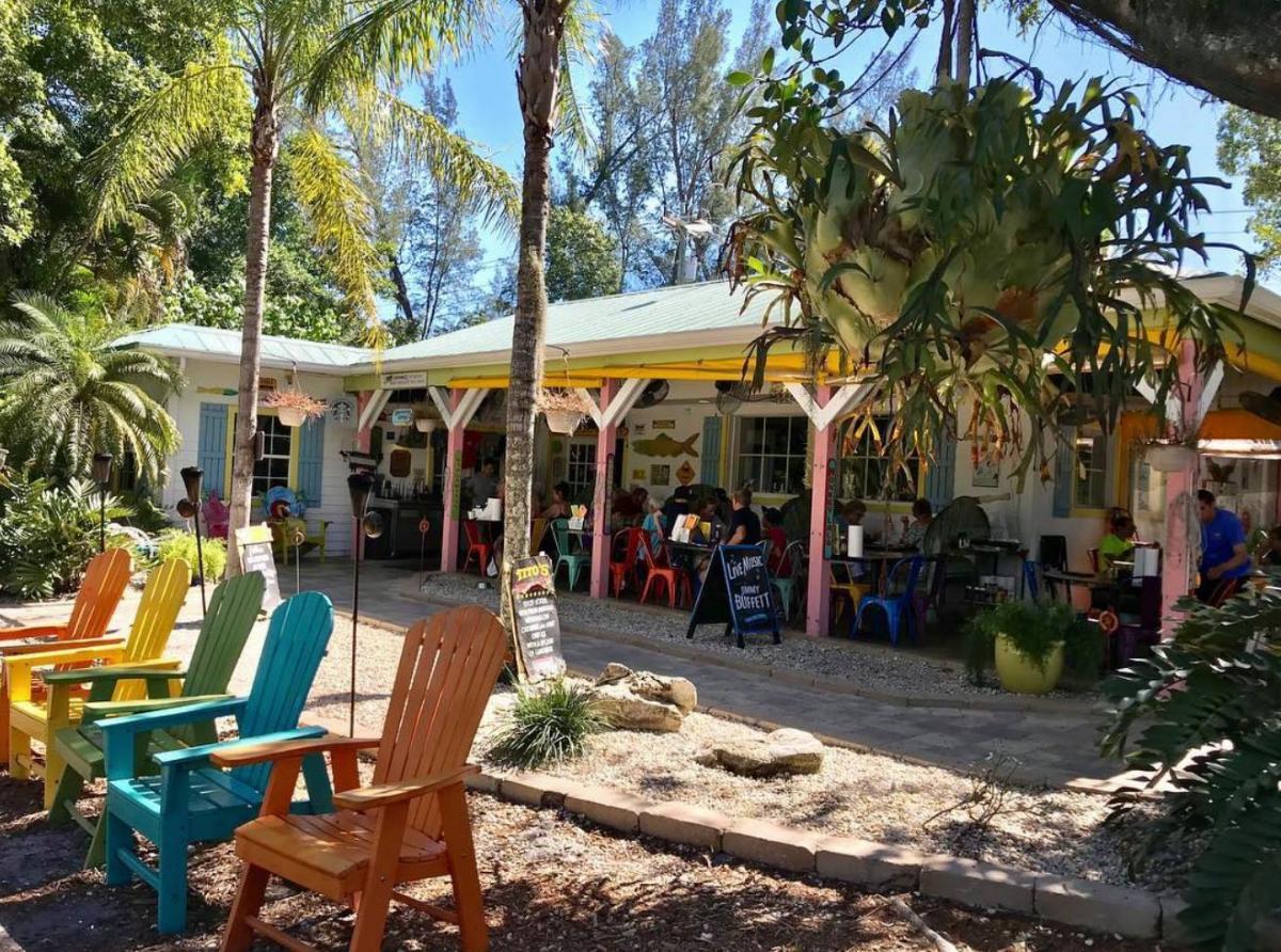 Dining and Restaurants in Sanibel Island