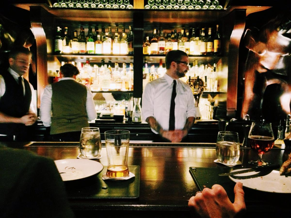 20 Bars Open on Thanksgiving Day in Chicago