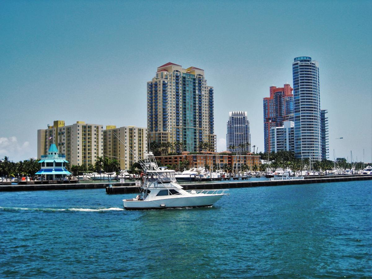 Five Neighborhoods in Miami That are Close to the Beach