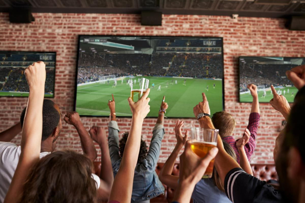 Best Sports Bars in Charlotte | NFL Sunday Ticket & More