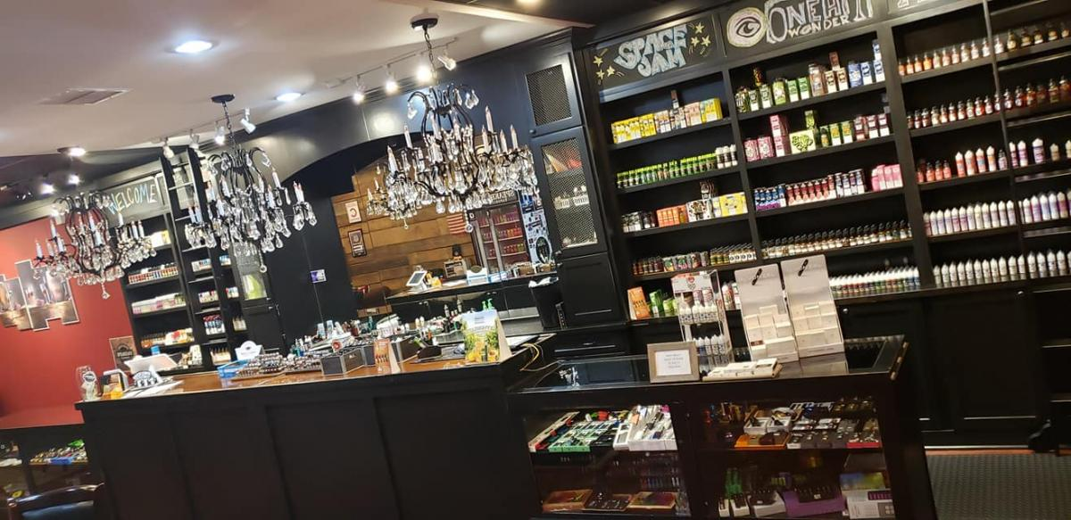 Smoke Shops and Cigar Bars in Amelia Island
