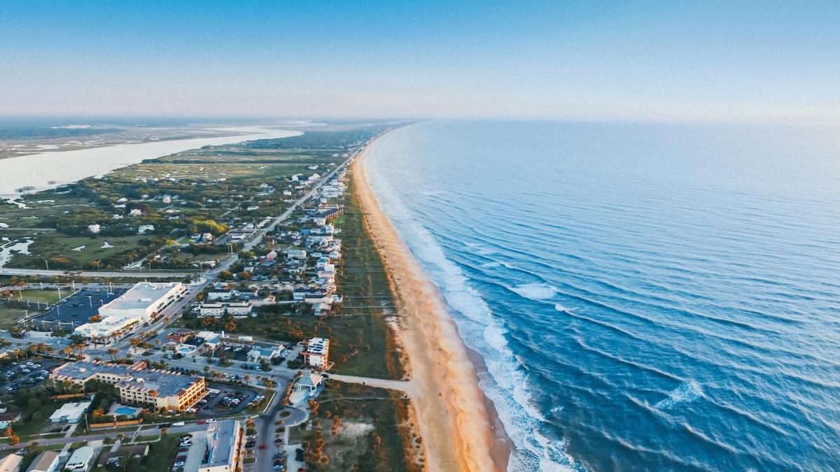 Top 5 Neighborhoods on the Treasure Coast of Florida That Offer an Easy Commute