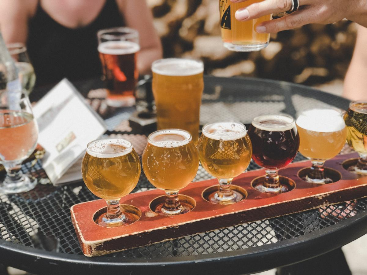 Craft Beer Bars in Jacksonville | Beer Halls, Gardens and more
