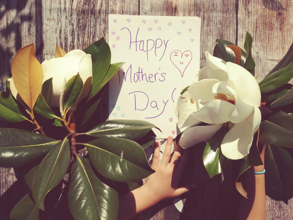 Orlando Restaurants & Florists Sure to Make Mom Feel Special on Mother's Day
