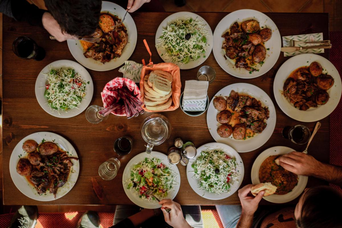 Restaurants in Orlando with Family Meal Deals