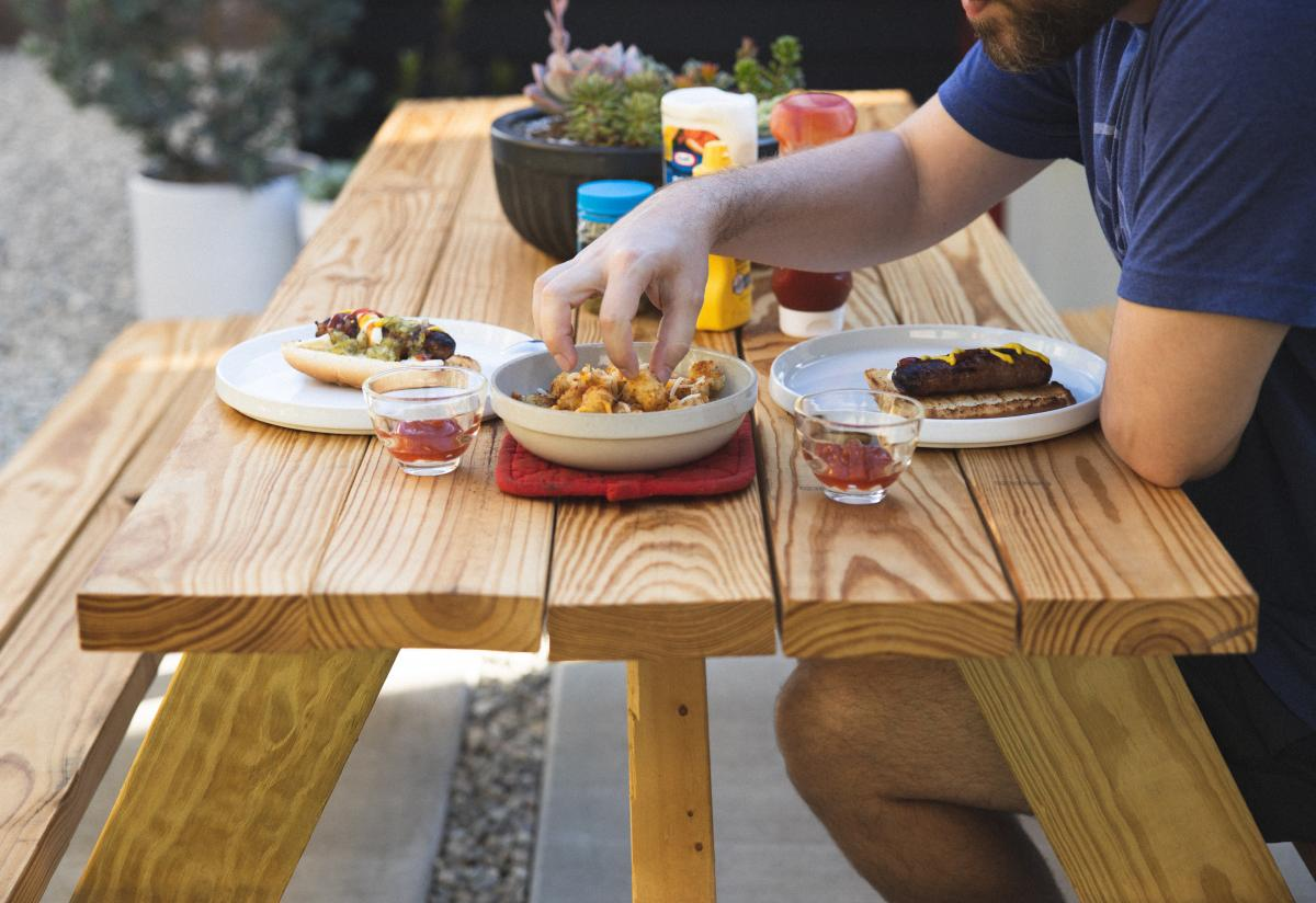 Restaurants in St. Pete and Clearwater With Outdoor Seating Perfect for Valentine's Day!