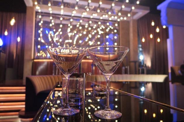 Bars in Sarasota & Bradenton Open for Christmas