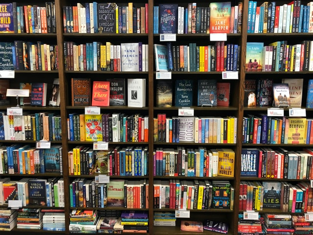 All The Best Bookstores in Tampa