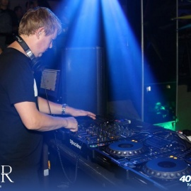 John Digweed Spins A Five Sense Explosion: Deep Therapy At Tier Nightclub #ShareWorthy