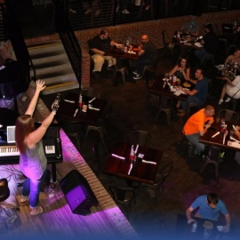See The Dueling Pianos Face Off At Ace Cafe Orlando Every Tuesday