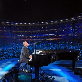 The Piano Man Comes to Orlando! See Billy Joel at the Amway!