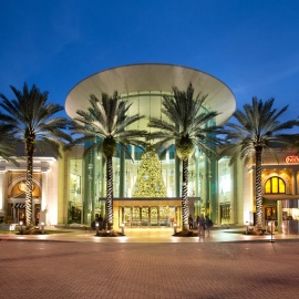 Central Florida's Holiday Mall Hours & MORE