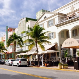 Restaurants Off of Ocean Drive in South Beach, Miami