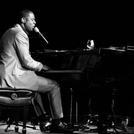 Brian McKnight to Bring Rhythm and Soul of 90s to Hard Rock Live