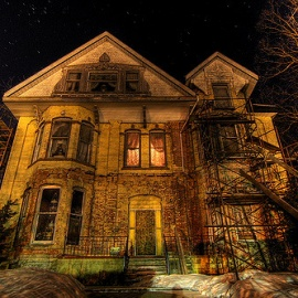 Best Haunted Houses in Miami