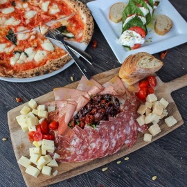 Pizzaiolo Bavaro | Now THIS is Pizza!