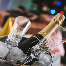 Your Guide to Hosting Holiday Parties in Miami
